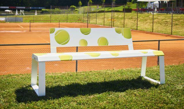 GMAIER_E-MOEBEL_SARA_Tennis